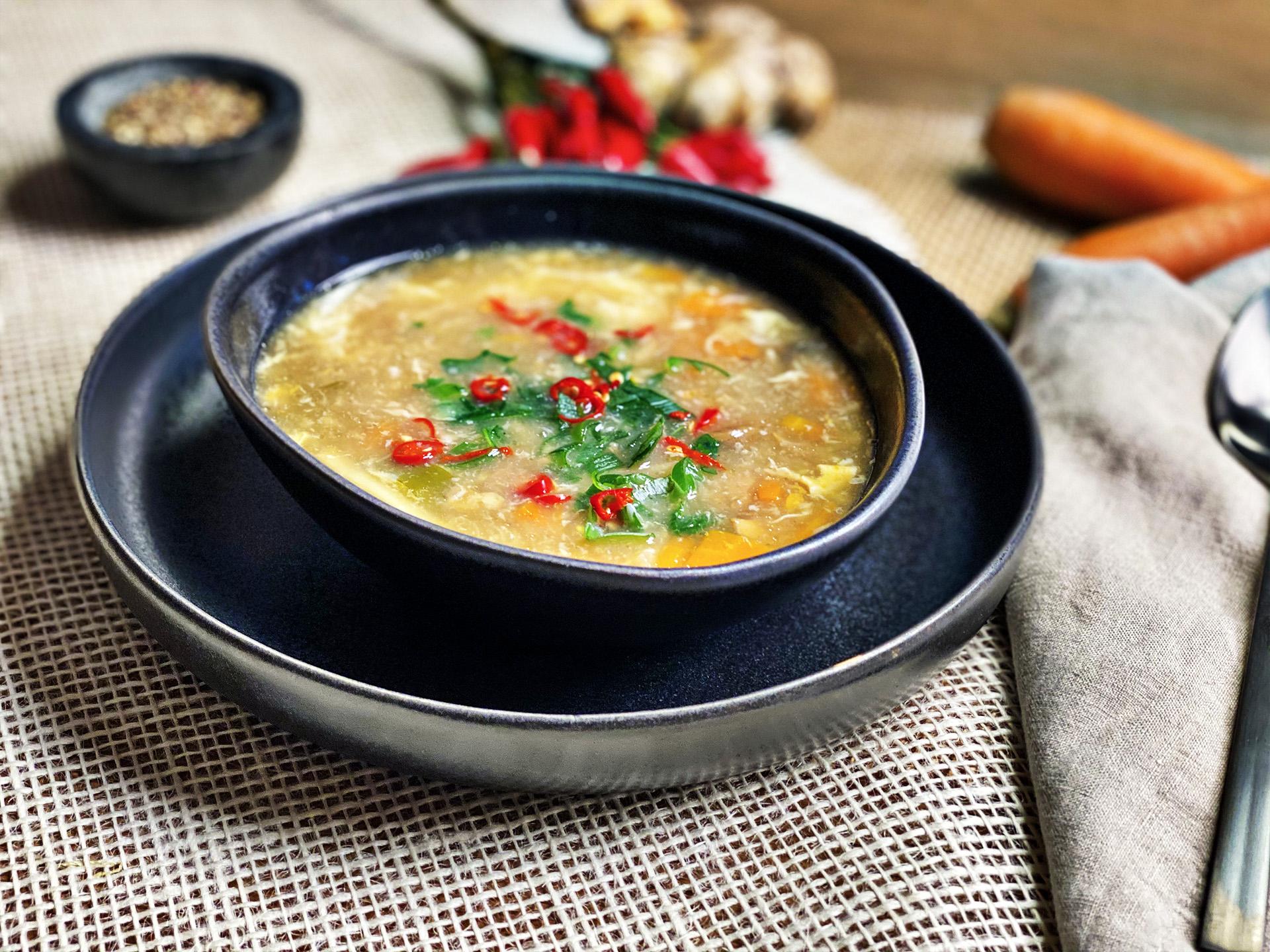 Pikant säuerliche Suppe